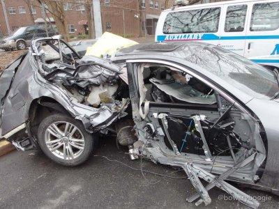 wrecked-car-2_wm.jpg