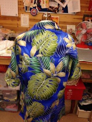 gary's aloha shirt 002.JPG