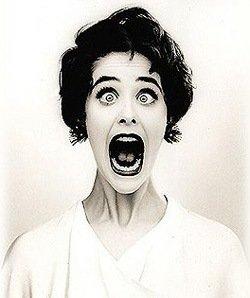 crazy_screaming_lady_by_kaleidey-d33026v.jpg