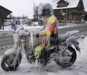 frozen-man-59914.jpg
